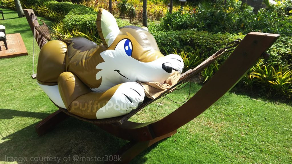 Master308k PuffyPaws wolf in hammock